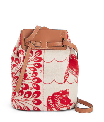 LOEWE Lazo Bucket Tiles Rojo front