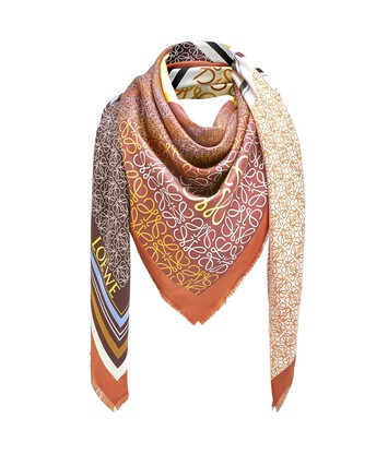 LOEWE 140X140 Scarf Print Patchwork Terracotta front