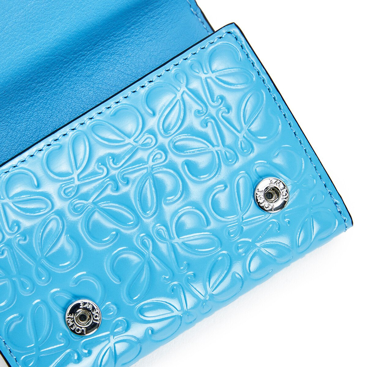 LOEWE Trifold Wallet 天空蓝 front