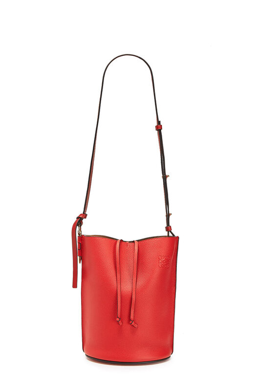 LOEWE ゲートバケットバッグ Scarlet Red/Burnt Red all
