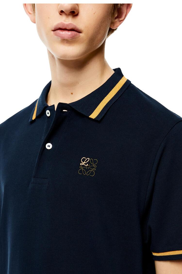 LOEWE Camisa en algodón con Anagrama y cuello de polo Petroleo pdp_rd
