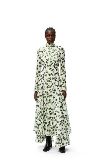 LOEWE Vestido largo en seda de tréboles con chalina Blanco/Verde pdp_rd