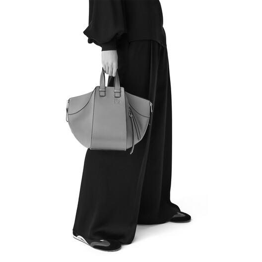 LOEWE Hammock Marine Small Bag Black/White front