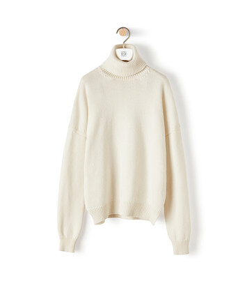 LOEWE Turtleneck Sweater 淡褐色 front