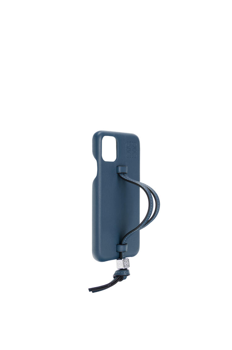 LOEWE Handle cover for iPhone 11 in classic calfskin Indigo Dye pdp_rd