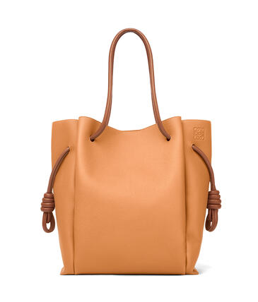 LOEWE Flamenco knot tote bag in soft grained calfskin Light Caramel/Tan pdp_rd