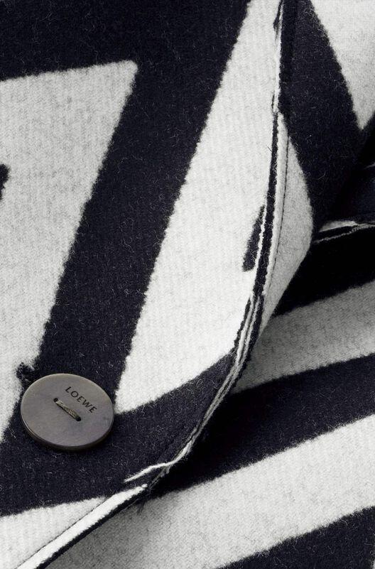 LOEWE Herringbone Coat 黑色/白色 all