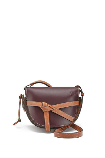 LOEWE Small Gate Bag In Soft Calfskin Oxblood/Taupe pdp_rd