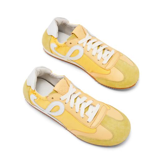 LOEWE 芭蕾舞跑鞋 Light Yellow front