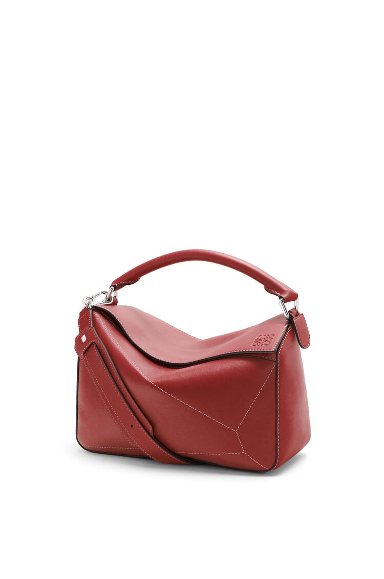 LOEWE Puzzle Soft bag in nappa calfskin Burnt Red pdp_rd