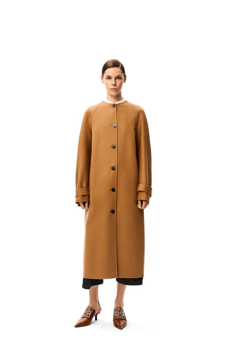 LOEWE Raglan sleeve coat in wool and cashmere Camel pdp_rd