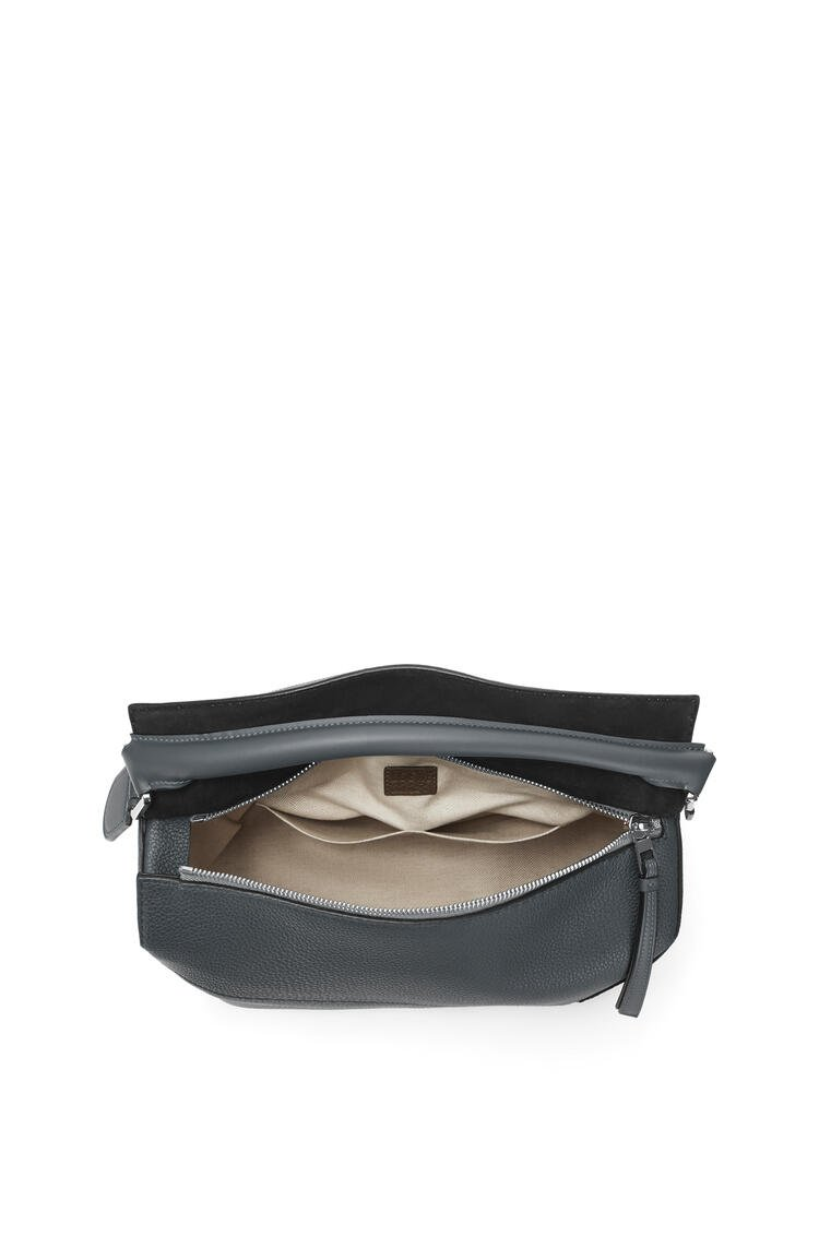 LOEWE Large Puzzle Edge bag in grained calfskin Anthracite pdp_rd