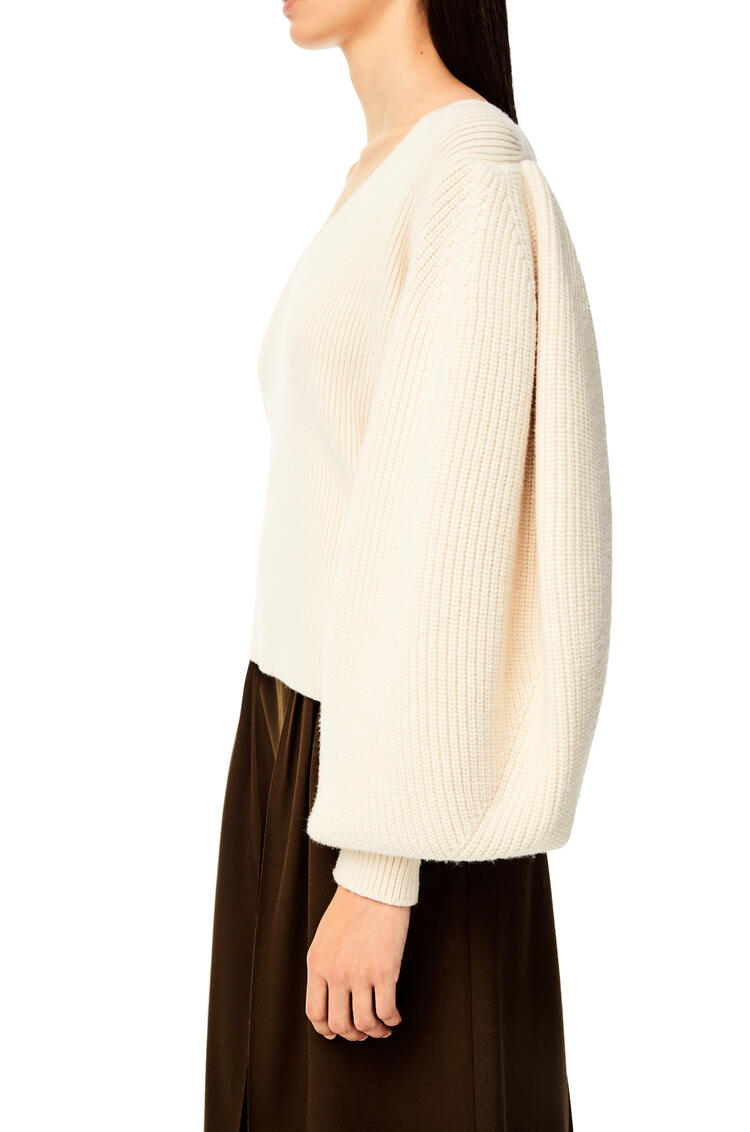 LOEWE Balloon sleeve V-neck sweater in wool Off-white pdp_rd