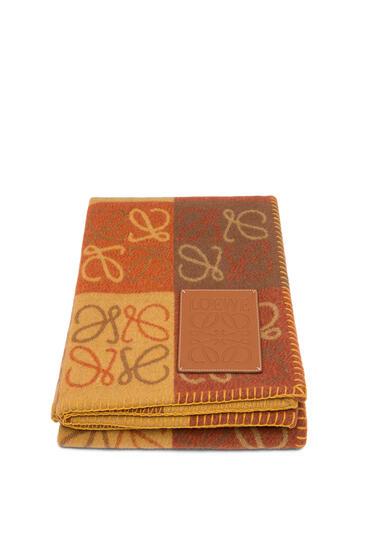 LOEWE 135X170 ANAGRAM BLANKET Orange Multitone/Tan pdp_rd