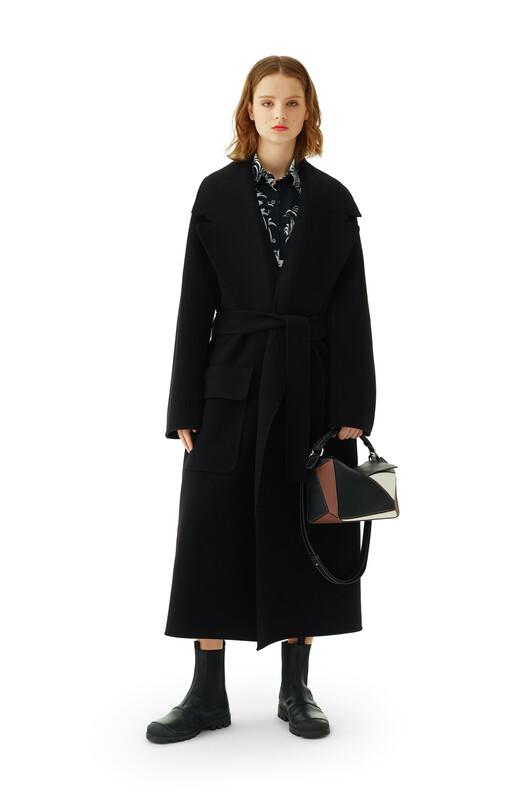 LOEWE Belted Coat Black front