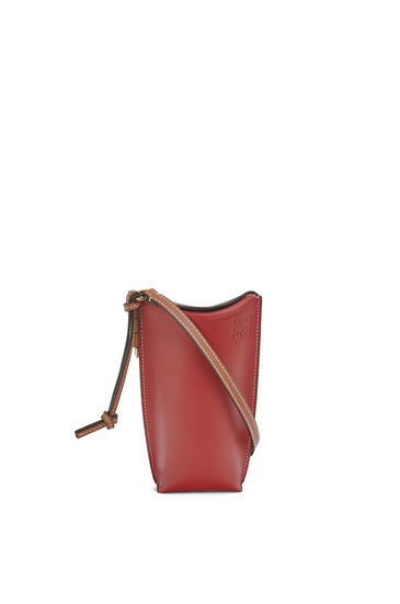 LOEWE Gate Pocket In Soft Calfskin Garnet/Pomodoro pdp_rd