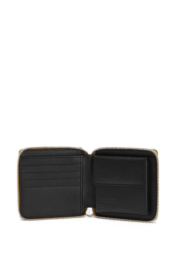 LOEWE Square zip wallet in calfskin Ochre/Taupe pdp_rd