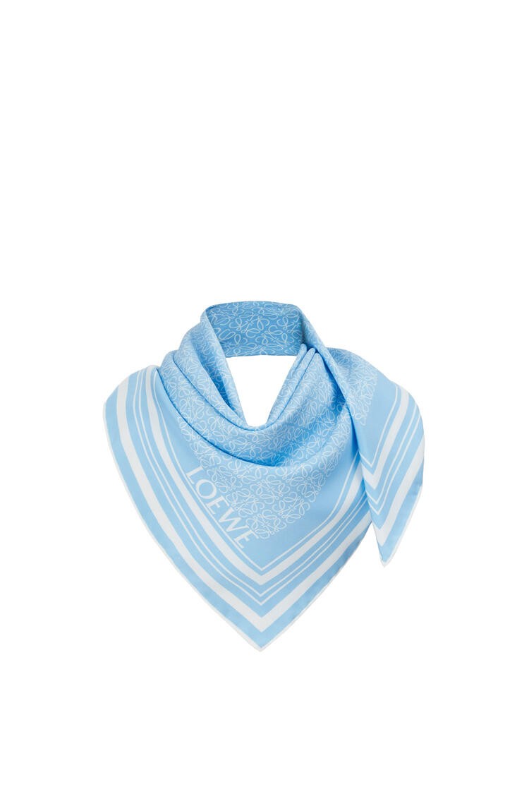 LOEWE アナグラム スカーフ (シルク) white/blue pdp_rd