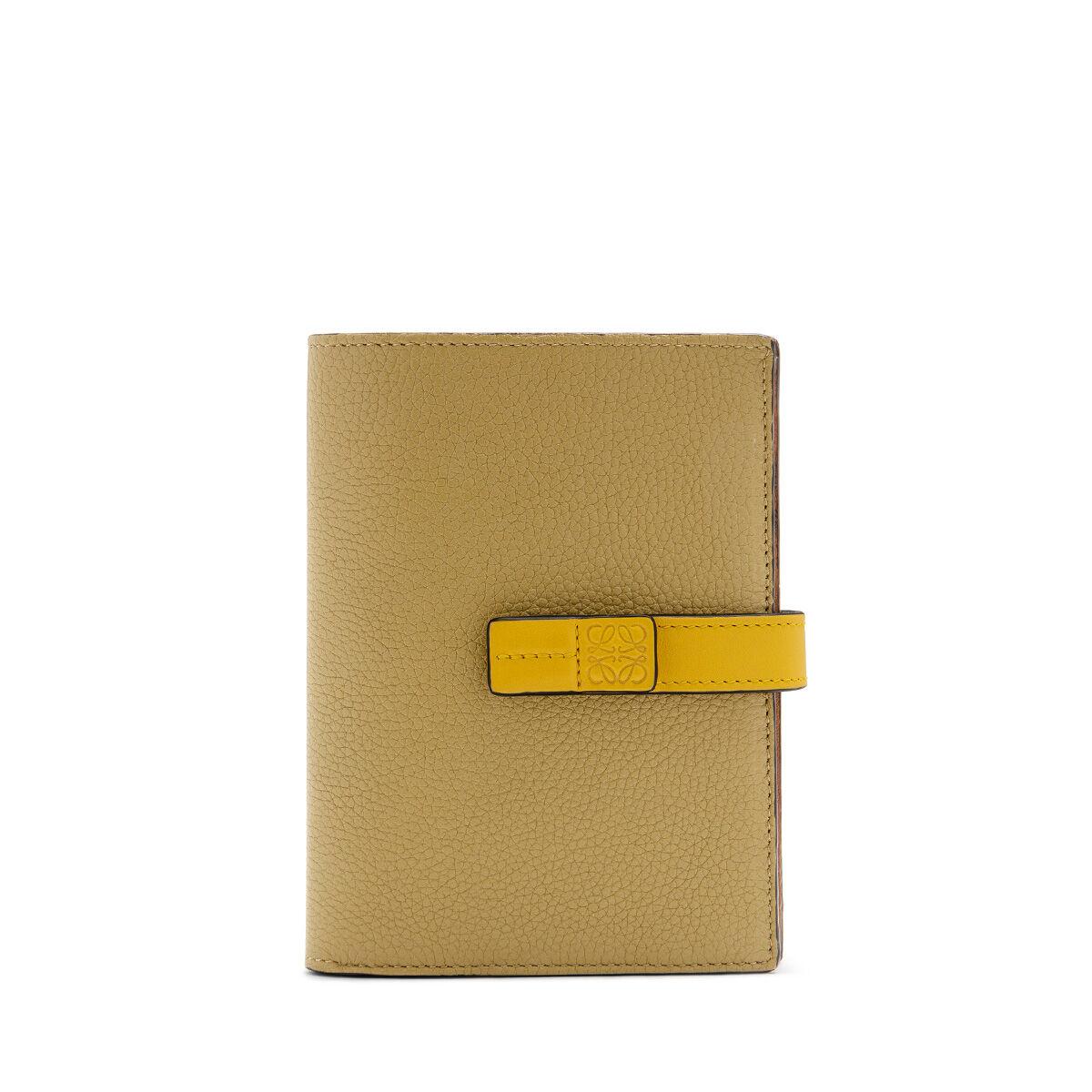 LOEWE Medium Vertical Wallet Leaf/Yellow all