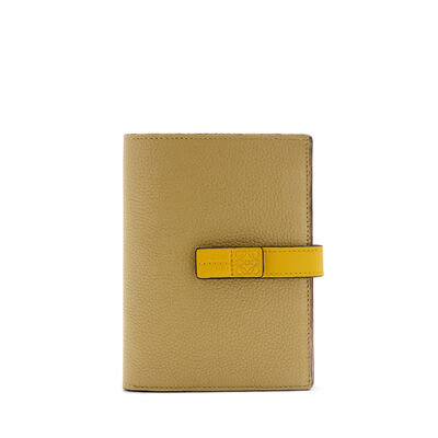 LOEWE Billetero Mediano Vertical Marron Hoja/Amarillo front