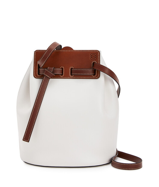 LOEWE Lazo Bucket Soft White front