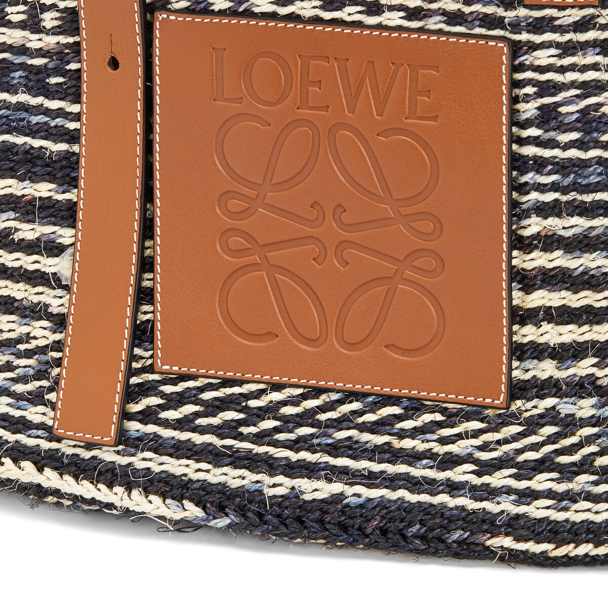 LOEWE Basket Black/Tan front