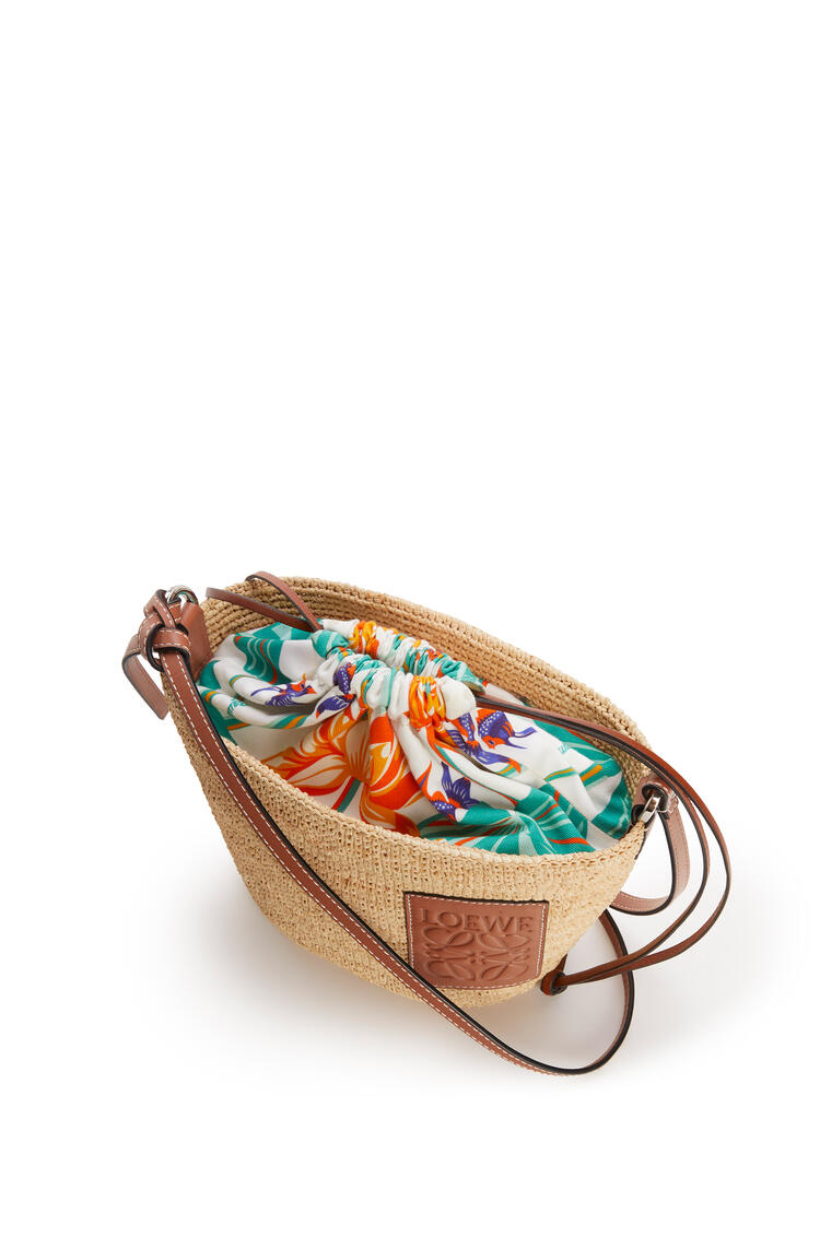 LOEWE Pochette drawstring bag in raffia and printed canvas Natural/White pdp_rd