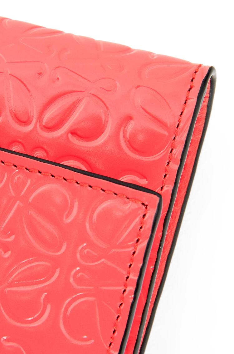 LOEWE Small vertical wallet in calfskin Poppy Pink pdp_rd