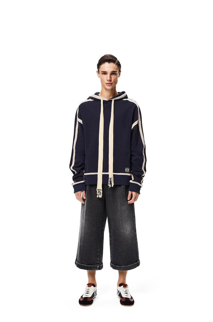 LOEWE Sudadera en algodón con capucha y anagrama bordado Azul Marino/Crudo pdp_rd