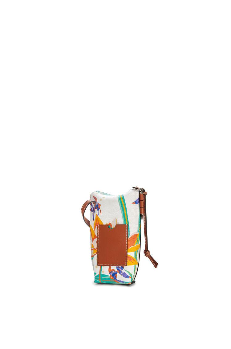 LOEWE Gate Pocket In Waterlily Classic Calfskin White pdp_rd