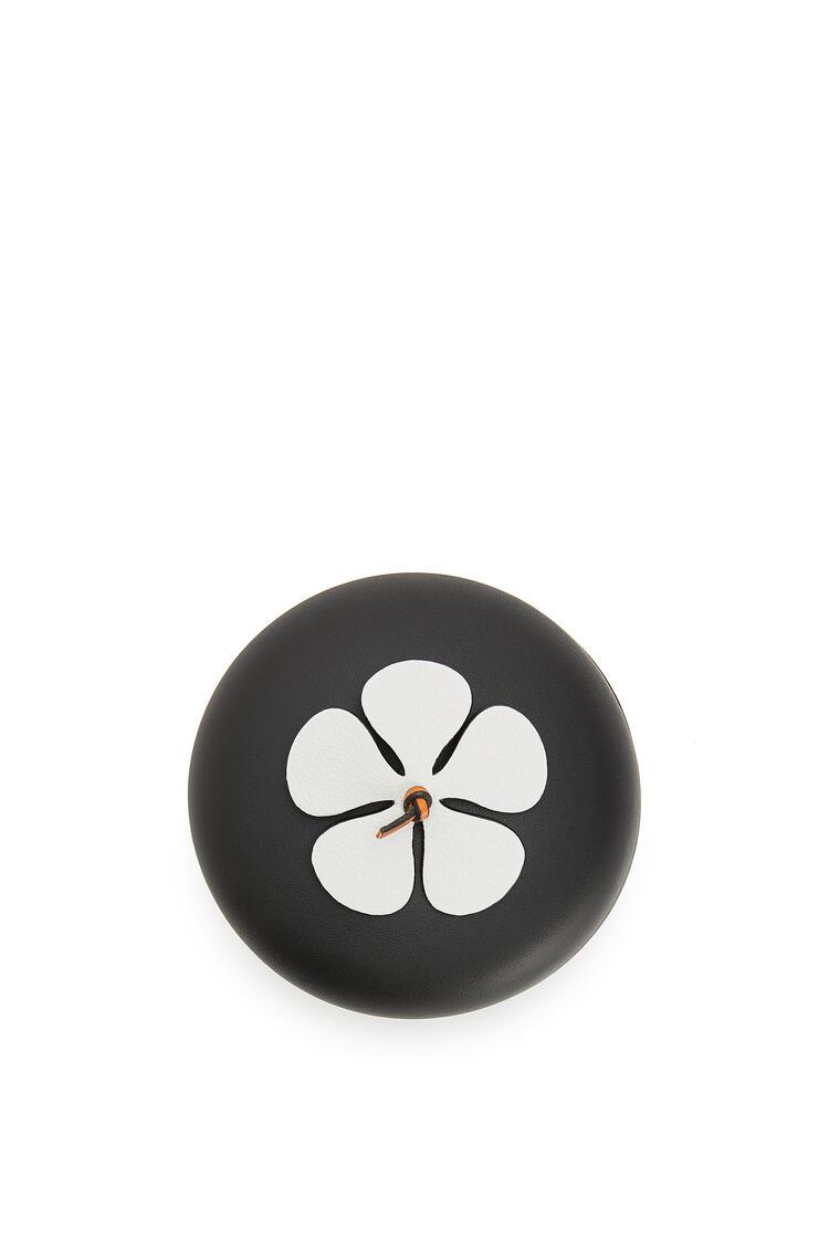 LOEWE Caja de flor en piel de ternera Blanco/Negro pdp_rd
