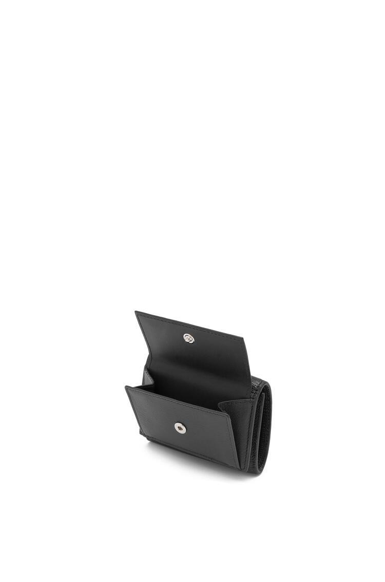 LOEWE Trifold wallet in calfskin Black pdp_rd