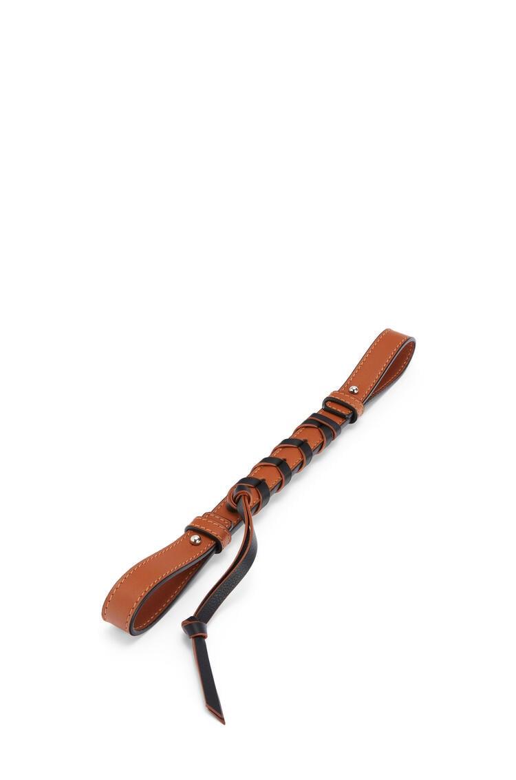 LOEWE Short braided strap in classic calfskin Tan/Black pdp_rd