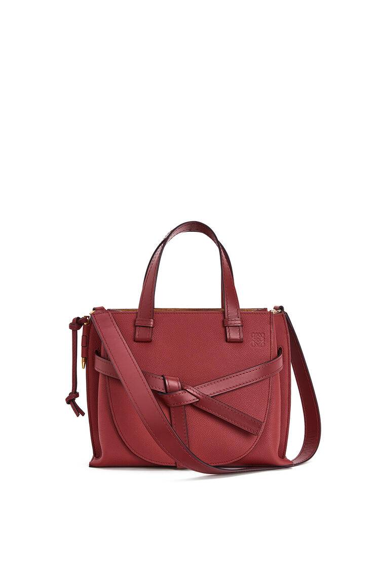 LOEWE Small Gate Top Handle bag in soft grained calfskin 石榴紅 pdp_rd