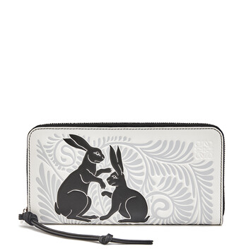 LOEWE Zip Around Wallet Animals ソフトホワイト/ブラック front