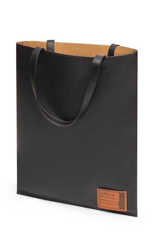 LOEWE Vertical Tote Portrait Bag 黑色 front