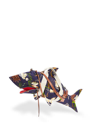 LOEWE Shark bag in printed canvas and calfskin Marine pdp_rd