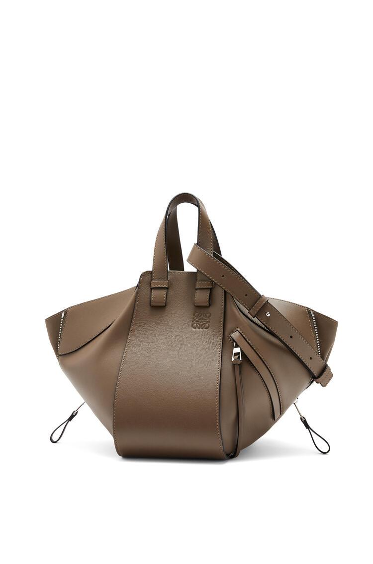 LOEWE Small Hammock bag in classic calfskin Tundra pdp_rd
