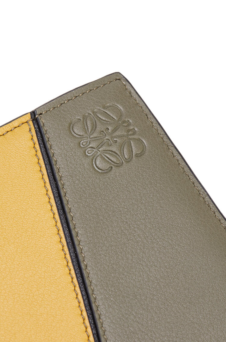 LOEWE Puzzle bifold wallet in classic calfskin Khaki Green/Ochre pdp_rd
