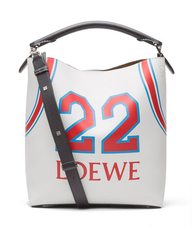 LOEWE T Bucket Loewe 22 Bag Soft White/Red front