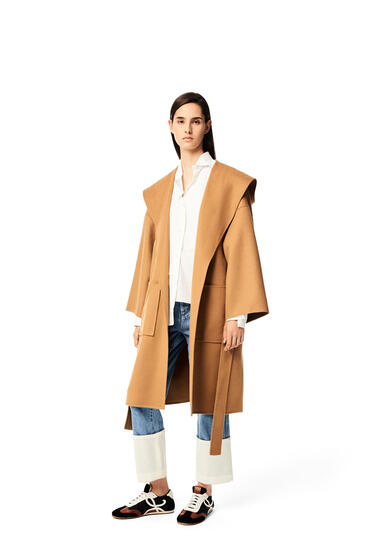 LOEWE 羊毛和羊绒连帽大衣 驼色 pdp_rd