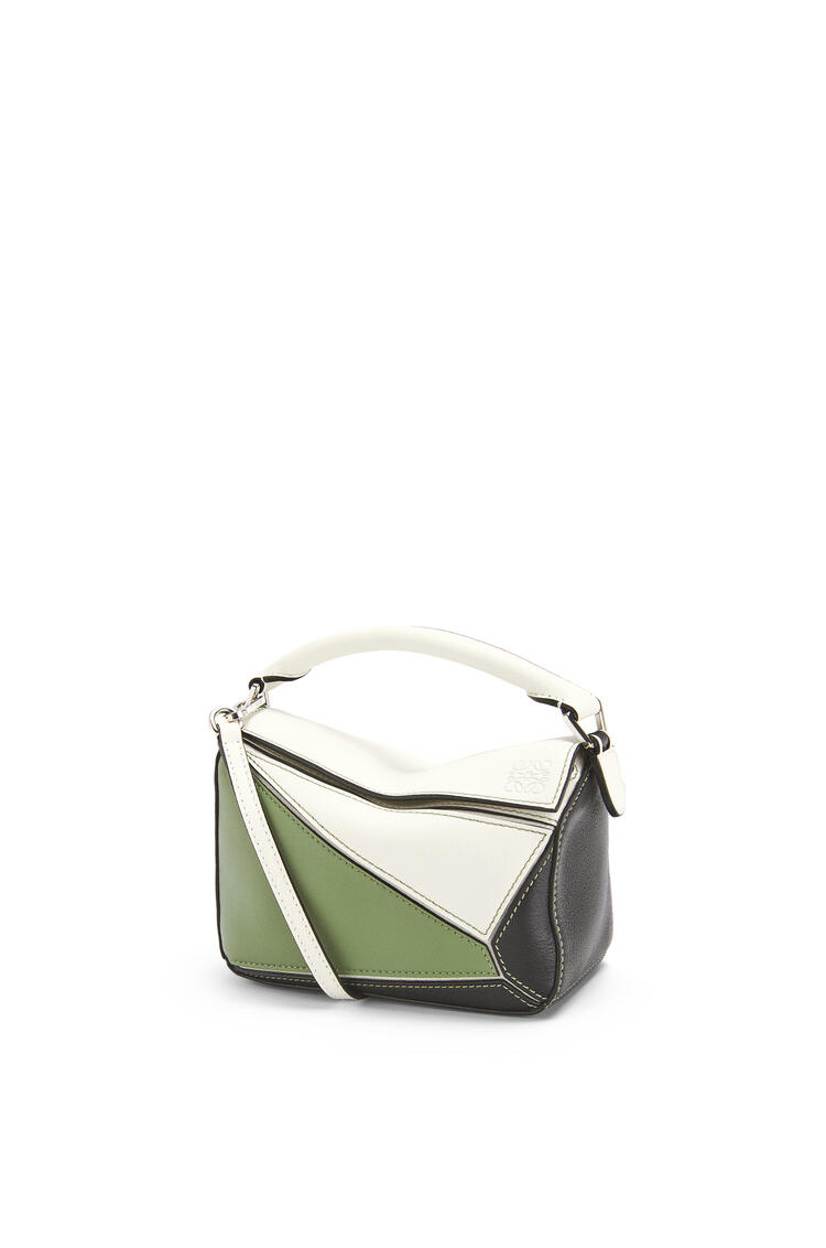 LOEWE Mini Puzzle bag in classic calfskin Soft White/Rosemary pdp_rd