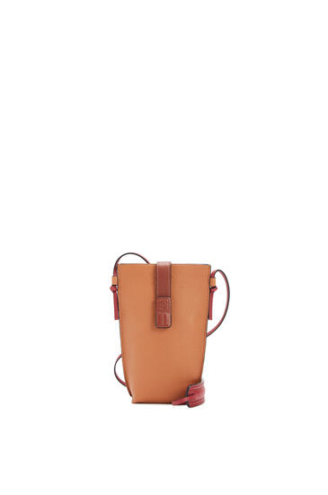 LOEWE Pocket in soft grained calfskin Light Caramel/Pecan pdp_rd