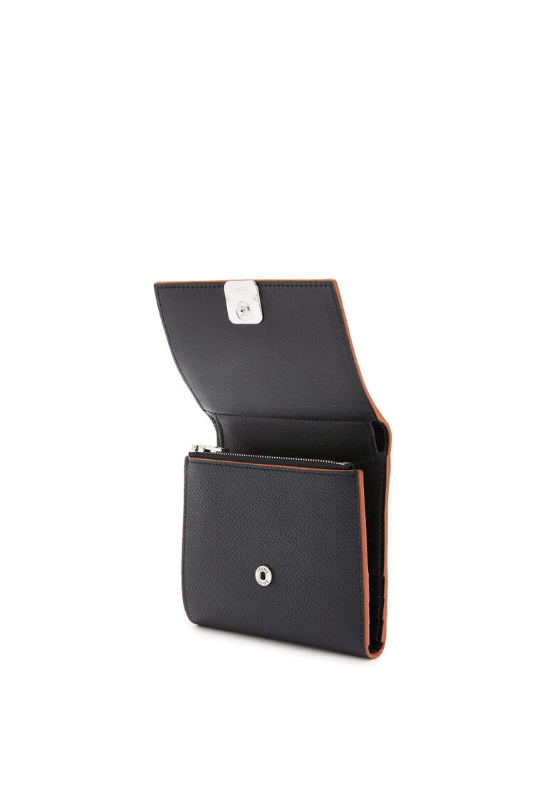 LOEWE Anagram square 8 cc wallet in pebble grain calfskin Black pdp_rd