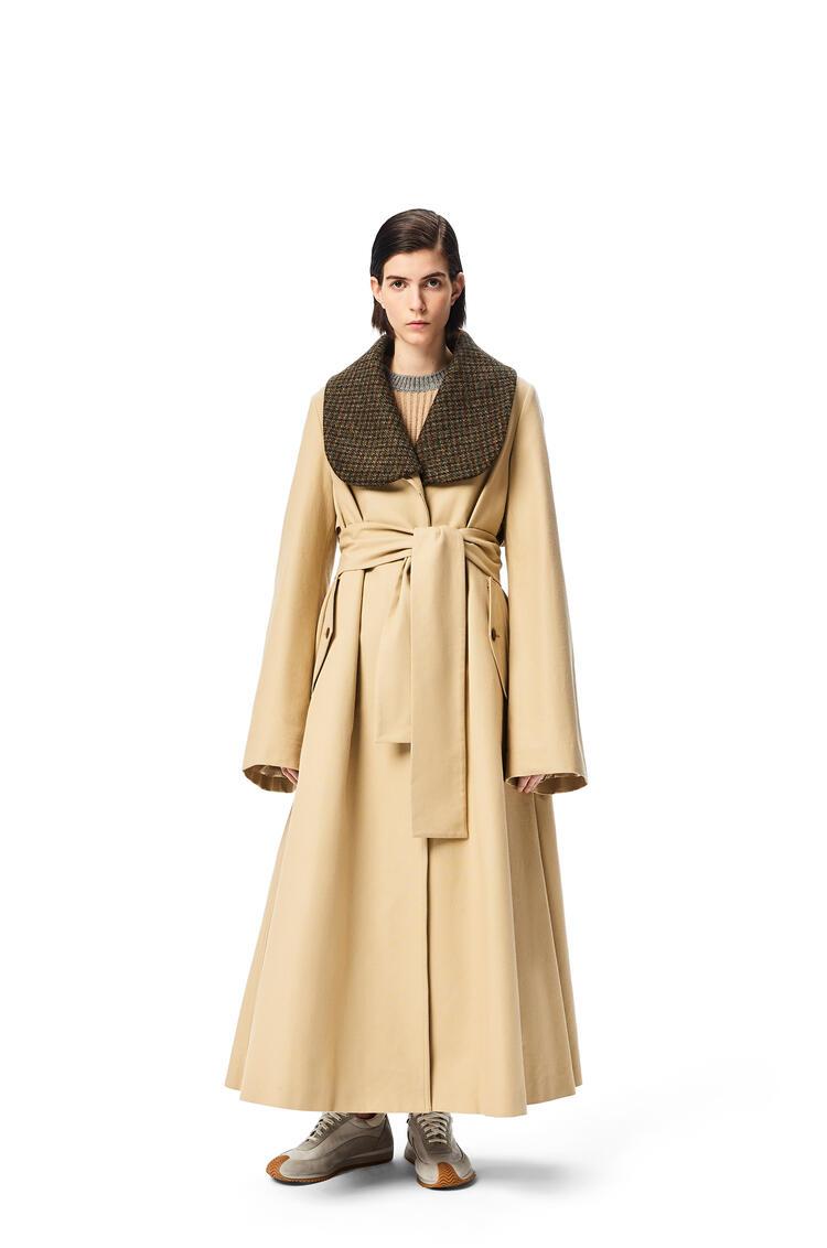 LOEWE Abrigo en algodón con cinturón Beige pdp_rd
