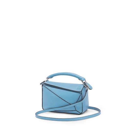 LOEWE Puzzle Mini Bag 淡蓝色 front