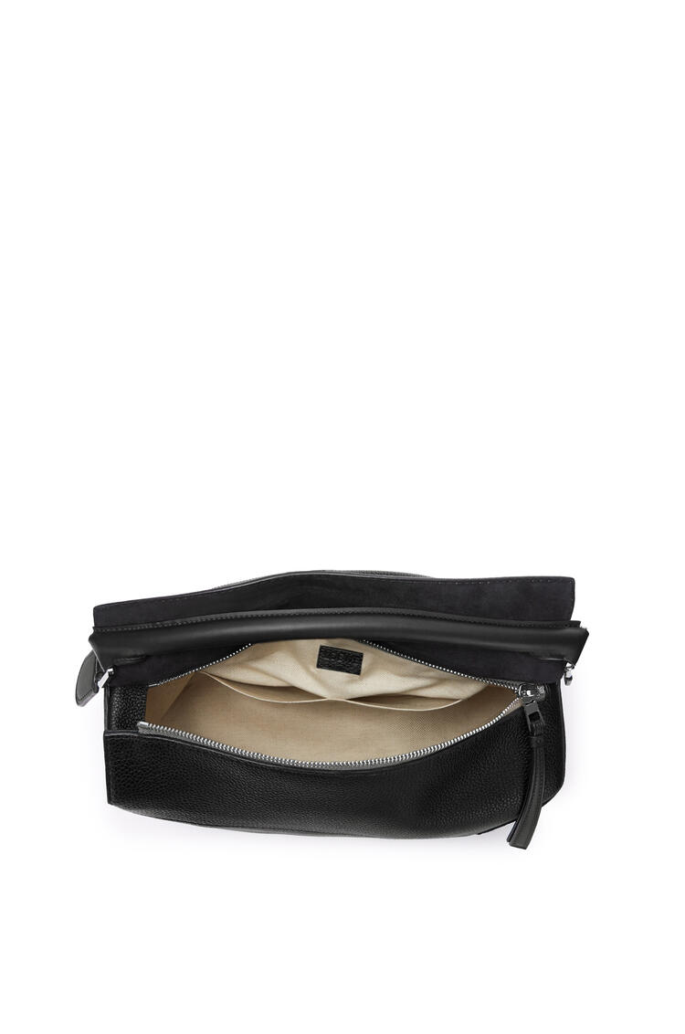 LOEWE Large Puzzle Edge bag in grained calfskin Black pdp_rd