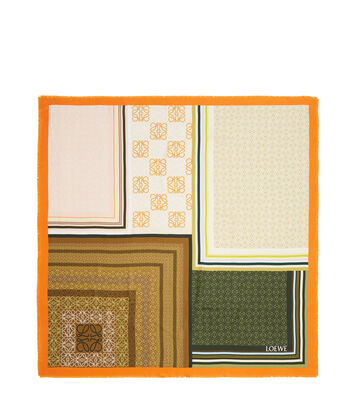 LOEWE 140X140 Scarf Print Patchwork 橙色 front