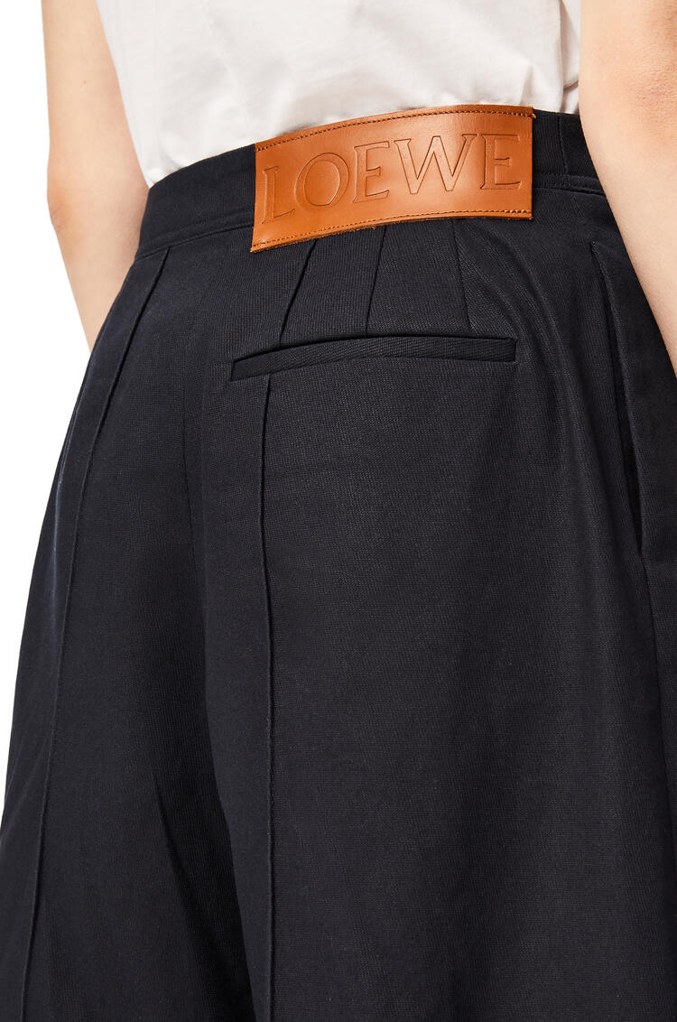 LOEWE Cropped pleated trousers in cotton Navy Blue pdp_rd