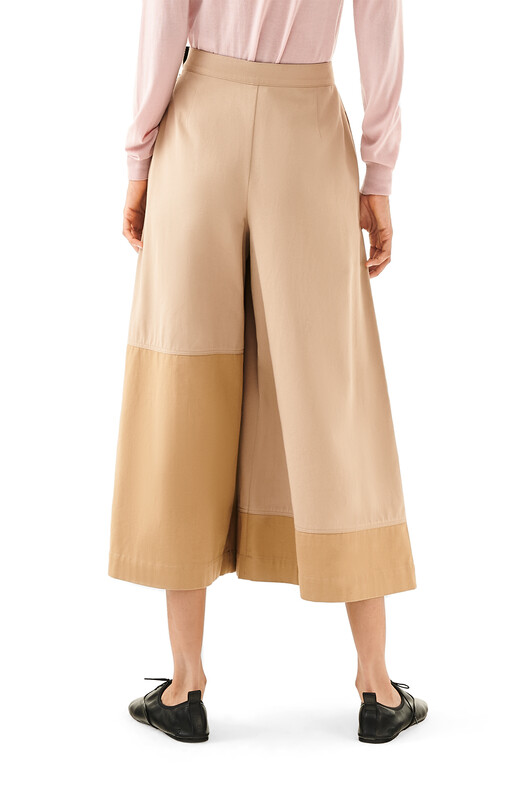 LOEWE Culotte Trousers Beige/Camel front
